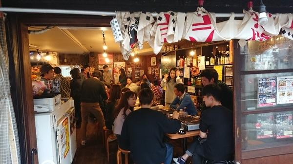 またまた台風 西中島で出来ず  十三 まるたけ 店内 でBBQ